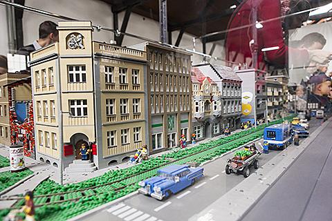 20120915 Kraków Wystawa Lego Moje Podróże Jacek Musioł